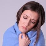 熱中症の症状で寒気と頭痛を感じた時の対処法は?
